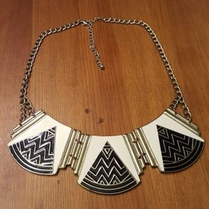 Jewelry - Black and White Collar Necklace